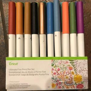 Cricut fine point pen set
